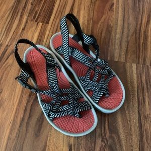 Strappy Outdoorsy Sandals